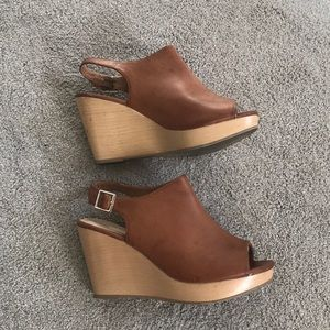 Size 7 express wedges